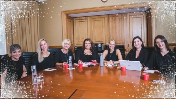 venuhq-team-photo-boardroom-stars